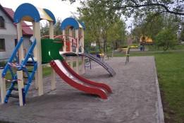 Встановлено дитячий майданчик «Сонечко» у мікрорайоні «Райлікарня»