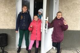 Останній проект Громадського бюджету реалізовано! У Старовишнівецькій школі замінено старі двері на сучасні